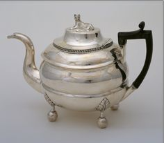 Google Image Result for http://www.curatedobject.us/photos/uncategorized/2008/02/14/teapot_hires.jpg