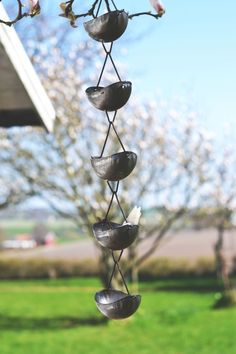 HängSkål 62Lång Bird Feeders, Wind Chimes, Outdoor Decor, Home Decor, Velvet, Homemade Home Decor, Decoration Home, Teacup Bird Feeders, Interior Decorating