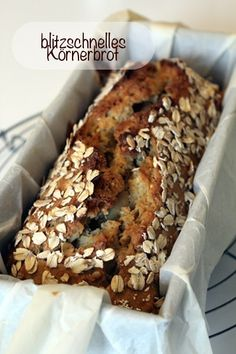 The lightning-fast grain bread - so colorful - so-bunt. Easy Cooking, Cooking Recipes, German Bread, Good Food, Yummy Food, Bread Bun, Pampered Chef, Pumpkin Recipes, Bread Baking