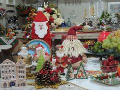 A alegria do Natal traz de volta o instante mágico... Decoração: Heda Seffrin Fotografia: Simone Seffrin