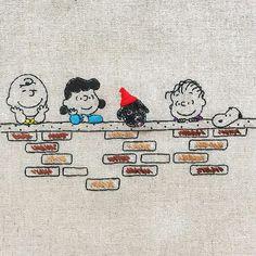 黒い仔犬と橋の上 * * #snoopy #peanuts #handembroidery #embroidery #CharlieBrown #スヌーピー #ピーナッツ #チャーリーブラウン #刺繍