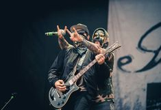 Hollywood Undead Members, Rap Metal, St Claire, Man Humor, Music Bands, Cool Bands, Appreciation, Collage, Scene