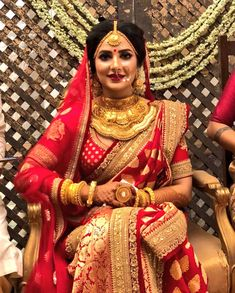 Bangladeshi / Bengali bride – T-Shirts & Sweaters Bengali Saree, Bengali Bride, Bengali Wedding, Pakistani Bridal, Sabyasachi, Saree Wedding, Bridal Lehenga, Wedding Bride, Wedding Dress