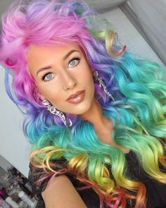Turns out hair perfection does exist 💅💁♀️ @amythemermaid in Virgin Pink, Aquamarine, Violet Dream, Cosmic Sunshine