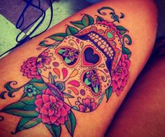 Love the coloring of this tattoo