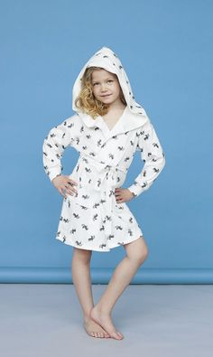 Pyjamas – Lovely white Bathrobe for girls / young lady and her robe – a unique product by sleeplessinWarsaw via en.DaWanda.com