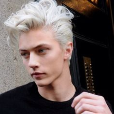 // can i have his hair please