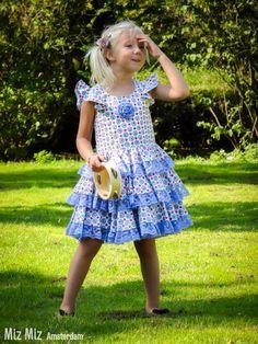 Lovely, unique and handmade dresses by Miz Miz EUR size 122. Unieke, handgemaakte jurkjes voor meisjes maat 122.