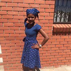"""seshoeshoe dresses designs for womens. Shweshwe the ethnic-print """"indigo… South African Dresses, African Dresses For Women, African Attire, African Wear, African Women, African Outfits, African Beauty, Traditional Dresses Designs, Traditional African Clothing"""
