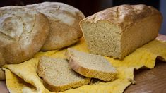 Ψωμί με αλεύρι ολικής και συμβουλές διατροφής Bread Recipes, Yummy Food, Baking, Cupcake, Youtube, Kitchens, Delicious Food, Bakken, Cupcakes