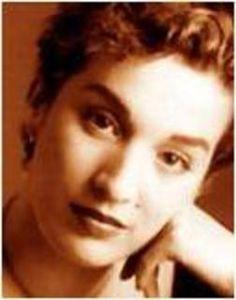 Dulce Pontes  http://www.dulcepontes.net/