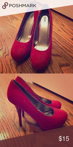 Red heels Cute red heels! Barely worn! Mossimo Supply Co Shoes Heels