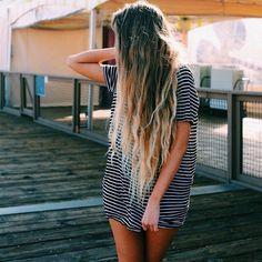 Surfer girl fashion hair & surfer mädchen mode haare & surfeur fille mode cheveux & surfista chica moda cabello & surfer girl fashion outfits, surfer girl fashion winter, surfer girl…More Messy Hairstyles, Pretty Hairstyles, Hairstyle Men, Medium Hairstyles, Formal Hairstyles, Wedding Hairstyles, Foto Casual, Corte Y Color, Moda Fashion
