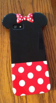 Adorable cell phone case for Disney lovers! ;)