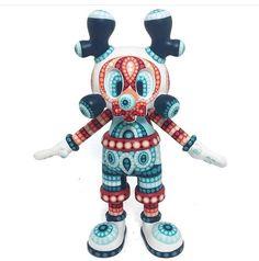 Teodoru Badiu on Behance Kids Cartoon Shows, Neo Pop, How To Make Toys, 3d Artist, Designer Toys, The Martian, Custom Items, Minions, Smurfs