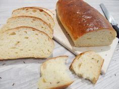 Super recept na fantastickou domácí veku. Domácí veka na chlebíčky je mnohem chutnějí než kupovaná. Odzkoušený a osvědčený recept. Ciabatta, Hamburger, Bread, Recipes, Food, Life Hacks, Bakken, Brot, Essen