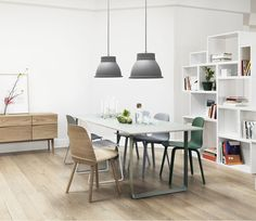 The Muuto Studio pendant light is a stripped back contemporary interpretation of the traditional industrial pendant. Studio has a large opening with a diffuser meaning it is ideal for mounting above a table or island where a lot of light is needed but you wish to avoid glare.