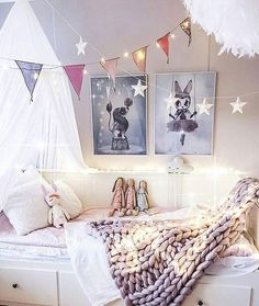 Dream Room! So beautifully styled, so our style ☄ @interiorbysarahstrath Shop our Mrs Mighetto Prints nouvellebaba.com  #NouvelleBaba #mrsmighetto #inspiration #nurserydecor #interiorbysarahstrath
