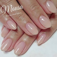 The 83 light-colored nails below are suitable for different occasions. If you are a bride, you can choose a type of single-set bright diamond … Nude Nails, Nail Manicure, Nail Polish, Bridal Nails, Wedding Nails, Hair And Nails, My Nails, Nail Art Designs, Light Colored Nails