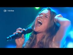 Joss Stone - Here Comes The Rain Again - Amazing Live Performance (FULL HD) - YouTube