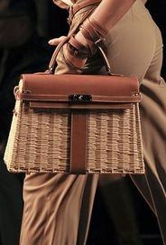 Hermes - Wicker and leather Kelly basket bag. Hermes Bags, Hermes Handbags, Tote Handbags, Designer Handbags, Kelly Bag, My Bags, Purses And Bags, Scout Bags, Basket Bag
