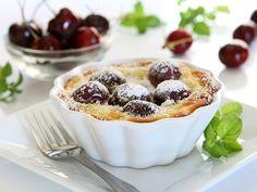 Cherry Clafouti via Fruit Recipes, Baking Recipes, Canada Food Guide, No Egg Desserts, Ripe Fruit, Fresh Fruit, Chocolate Souffle, Fruit Cobbler, Gratin Dish