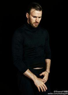 Welcome to beardedchrisevans! I post Captain America & all things Chris Evans. Here you will find daily updates including photos, videos, appearances, and all things Chris. Capitan America Chris Evans, Chris Evans Captain America, Capt America, Steve Rogers, Chris Hemsworth, Jamie Dornan, Chris Roberts, The Dark Side, Chris Evans Funny