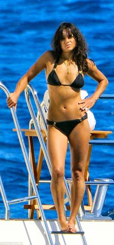 Back to where it all began: A bikini-clad Michelle Rodriguez shows off her toned body as she soaks up the sun on a super-yacht in Sardinia. Michelle Rodriguez, San Antonio, Zac Efron, Fast And Furious, Swat, Old Actress, American Actress, Resident Evil, Photo Star