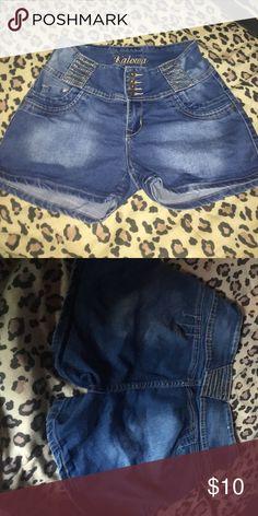 Short Fast shipping, size:13 Shorts Skorts