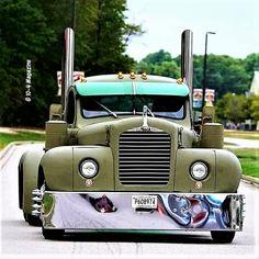 Mack Trucks, Semi Trucks, Big Trucks, Custom Big Rigs, Custom Trucks, Truck Roof Rack, Little Truck, Heavy Truck, Classic Trucks