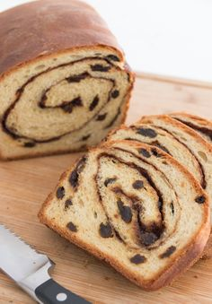 """Homemade Cinnamon Raisin Bread from Joanne at PW Cooks. Need to start a new boar… Homemade Cinnamon Raisin Bread from Joanne at PW Cooks. Need to start a new board called """"Please Don't Make Me Buy a KitchenAid. Rasin Bread, Cinnamon Raisin Bread, Banana Bread, Cinnamon Bread Recipe Yeast, Cinnamon Rolls, Yeast Bread Recipes, Sweet Bread, Bread Baking, Bread Food"""