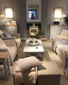 Visited the new Neptune store in Bath today. what can I say, so so beautiful! 🌿 I'll share some more photos tomorrow 💛 Cottage Lounge, Cottage Living Rooms, New Living Room, Apartment Living, Interior Design Living Room, Home And Living, Living Room Designs, Living Room Decor, Style At Home