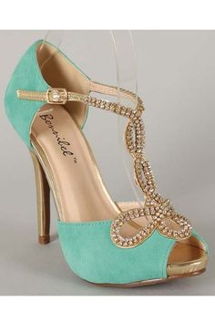 Mary Belle- Vintage Inspired Peep Toe Pumps in Mint