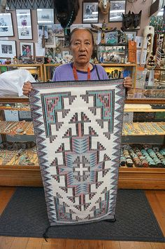 Indian Pics, Indian Pictures, Indian Art, Native American Rugs, Native American Indians, Native Americans, Indian Tribes, Native Indian, Native Art