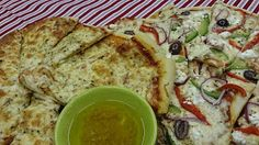 Friday Night Pizza Party... www.ycccookinsogood.blogspot.com by:Awaken your Inner Gourmet Goddess... Pizza Party, Vegetarian Meals, Frittata, Sunny Days, Tapas, Friday, Night, Easy, Food