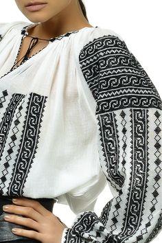 Ie Traditionala Romaneasca Maneca Lunga Motivul HORA Folk Costume, Costumes, Ukrainian Art, Folk Fashion, Embroidery Fashion, Ukraine, Boho, Sweaters, Shirts