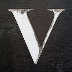letter+V