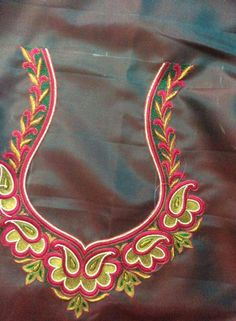 Maggam work apply this to body. Kids Blouse Designs, Bridal Blouse Designs, Blouse Neck Designs, Hand Designs, Embroidery Neck Designs, Hand Work Embroidery, Embroidery Dress, Maggam Work Designs, Fancy
