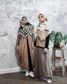 Ideas Clothes For Women Chic Simple Hijab Style Dress, Casual Hijab Outfit, Hijab Dress Party, Hijab Chic, Abaya Fashion, Ootd Fashion, Fashion Dresses, Hijab Style Tutorial, Hijab Trends
