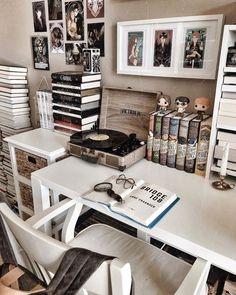 Room Design Bedroom, Room Ideas Bedroom, Bedroom Decor, Bookshelf Inspiration, Room Inspiration, Deco Surf, Deco Harry Potter, Study Room Decor, Home Libraries