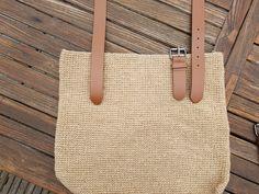 Gratis haakpatroon gehaakte tas met jute | GRATIS HAAKPATRONEN | crochets4U My Bags, Jute, Tote Bag, Crochet, Color, Manualidades, Colour, Totes, Ganchillo