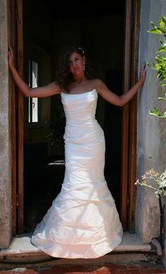 Used Paula Varsalona Wedding Dress 7307, Size 4