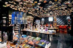 Cook and Book - Brussels Belgium - Bookstore Library - Interior Design - Retail Ideas