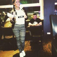 In der Stoltze Bar heute @xatarnr415 pumpen <3 #kurwa #xatar #allesodernix #aon #mantel #babaallerbabas #originalqacax #aoncrü #korrektschnucki Cute Girl Outfits, Mantel, Cute Girls, Instagram Posts, Pumping, Pretty Girls