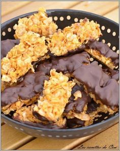 Preparation: Cooking time: (small bars) / (large bars) at 150 ° Ingredients: of brown sugar of glucose or … Source by carolinevarniere Granola, Muesli, Desserts With Biscuits, Galletas Cookies, Tasty, Yummy Food, No Sugar Foods, Coco, Bonbon