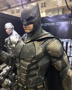 Batman from Justice League Batman Dark, Batman The Dark Knight, Batman Vs Superman, Batman Robin, Batman Armor, Batman Suit, Batman Costumes, Batman Cosplay, Comic Manga