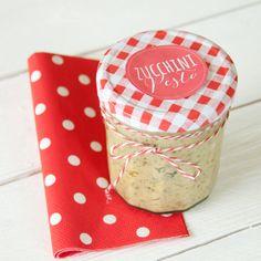 Post aus meiner Küche - Rezept für leckeres Zucchinipesto mit Etikett zum Ausdrucken