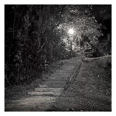 Lurking on staircase. http://niteprojekts.blogspot.co.uk/2006_06_01_archive.html