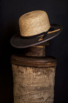 Nick Fouquet | collection 8.  Straw and felt.