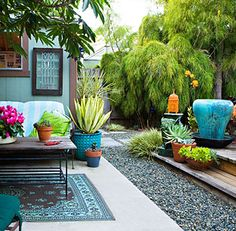"""From post: """"obsessing on lawn-less outdoor spaces…""""  Me: Is that painted concrete?  Love that!"""
